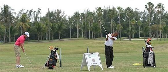 McIlroy Practices at Miami Muni